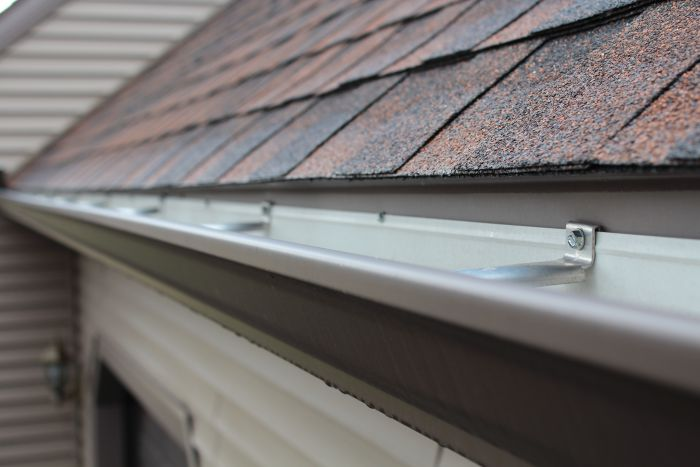 Mission Brown Seamless Gutter